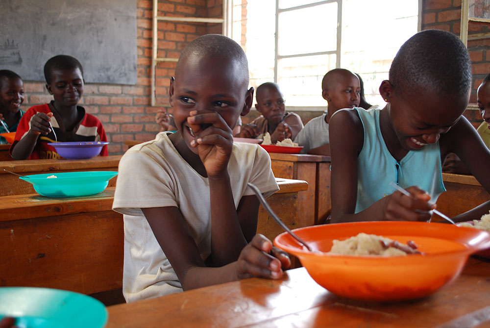ルワンダでの給食の時間